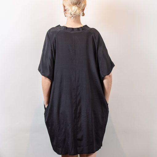 Mimi silk dress back