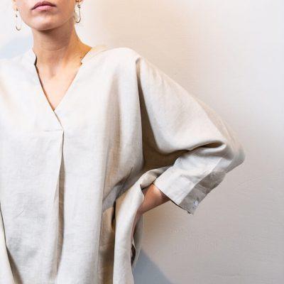 LISA linen blouse sand detail