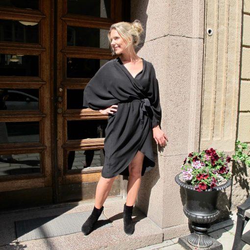 omlott klänning