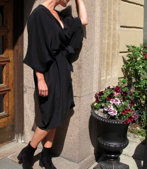 kimonoinspirerad klänning