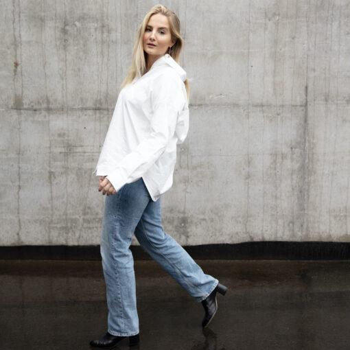 over sized vit bomullskjorta