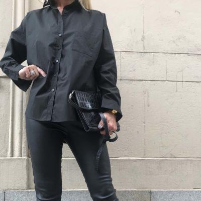 snygg svart bomullsskjorta