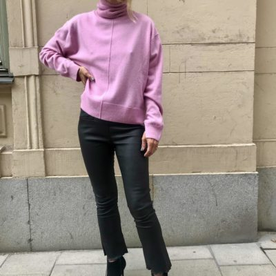 pink cashmere roll neck