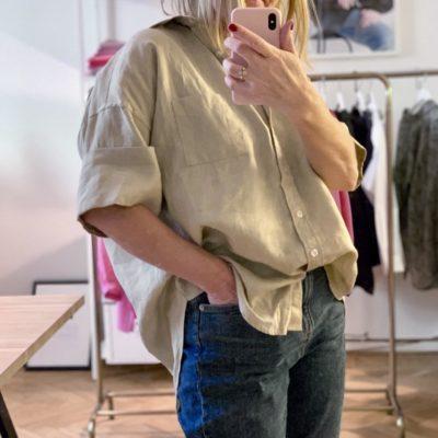 beige linneskjorta