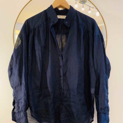 Linneskjorta med detaljer L