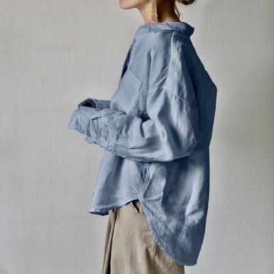 mellanblå linneskjorta