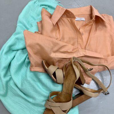 korallfärgad skjorta