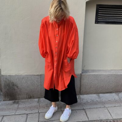 orangeröd skjortklänning