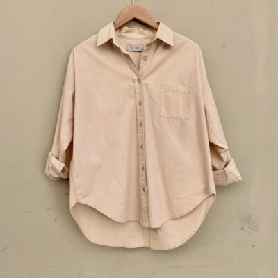 beige bomullsskjorta från we two stockholm