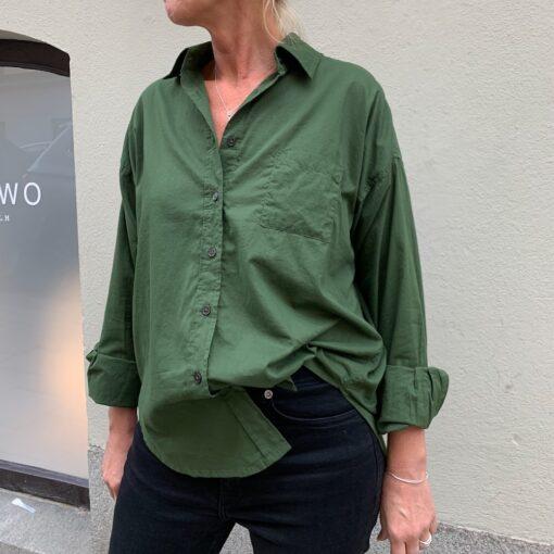 mörkgrön bomullskjorta Emilia